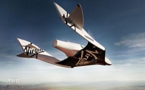 SpaceShipTwo на бреющем полете (space.com)