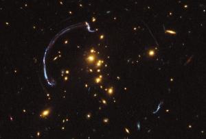 Часть светлых изображений - ложные (space.com)
