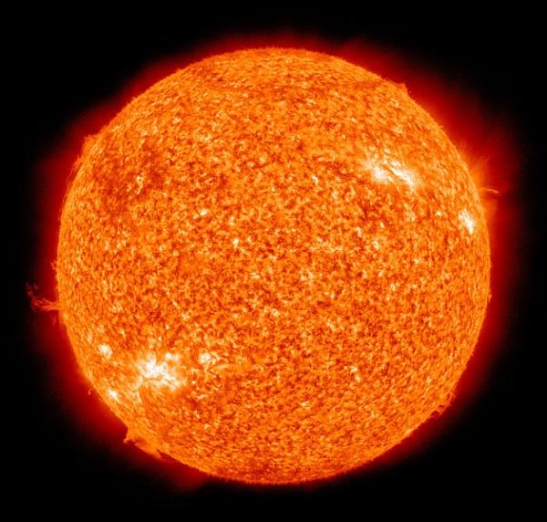 Солнце (wikipedia.org)