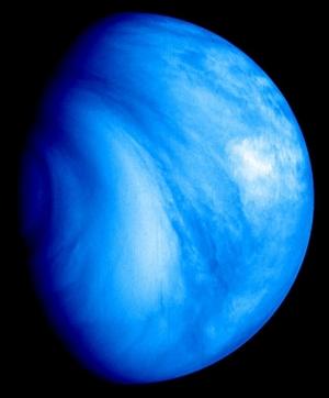 Южное полушарие Венеры в ультрафиолетовом свете (space.com)