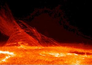 Поверхность Солнца на опическом снимке аппарата Hinode (wikipedia.org)