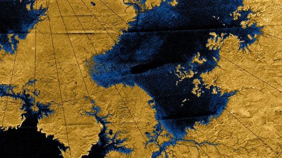 Сети рек, впадающих в озера Титана (mit.edu)
