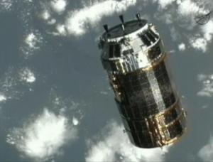 Приближение к МКС (space.com)