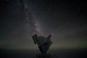 Телескоп южного полюса (uchicago.edu)