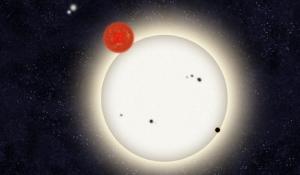 Рисунок планеты с двумя далекими звездами (yale.edu)