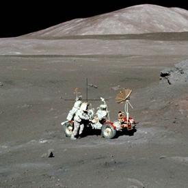 Сбор лунного грунта (ucsd.edu)