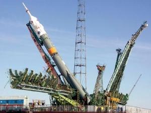 Подготовка к запуску Протона (фото - http://www.ogoniok.com)