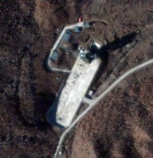 Спутниковый снимок корейского космодрома (space.com)