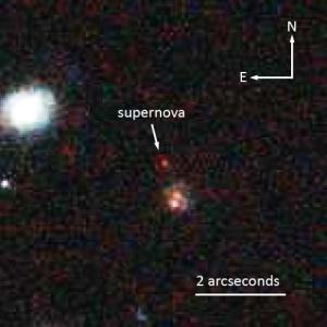 Сверхновая на снимке Хаббла (space.com)