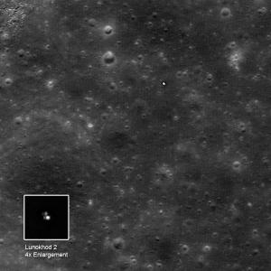 Снимок пути Лунохода 2 (space.com)