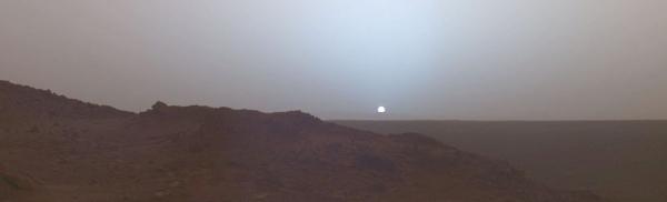 Закат на Марсе (wikipedia.org)