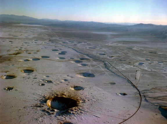 Пустыня-полигон в Неваде (space.com)