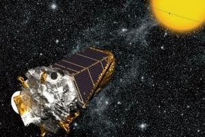 Рисунок аппарат, наблюдающего проход планеты (universetoday.com)