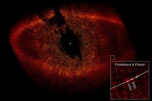 Пылевой диск и планеты на снимке Хаббла (wikipedia.org)