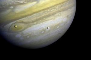 Фотография Юпитера, полученная Вояджером (фото - space.com)