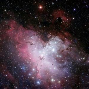 Молодые звезды в регионе М16 (phys.org)