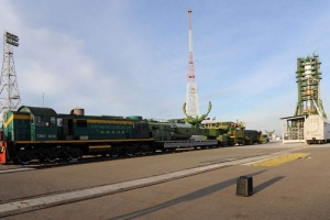 Ракета-носитель Союз с Прогрессом на старте (space.com)