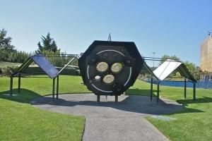 Макет телескопа XMM-Newton (wikipedia.org)