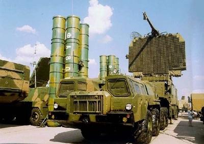 Новый комплекс ПВО «С-500» (Изображение — topwar.ru)