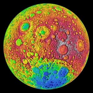 Карта высот обратной стороны Луны (space.com)