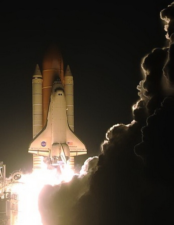 Старт шаттла (Фото — NASA)