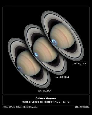 Круговые полярные сияния на северном полюсе Сатурна (wikipedia.org)
