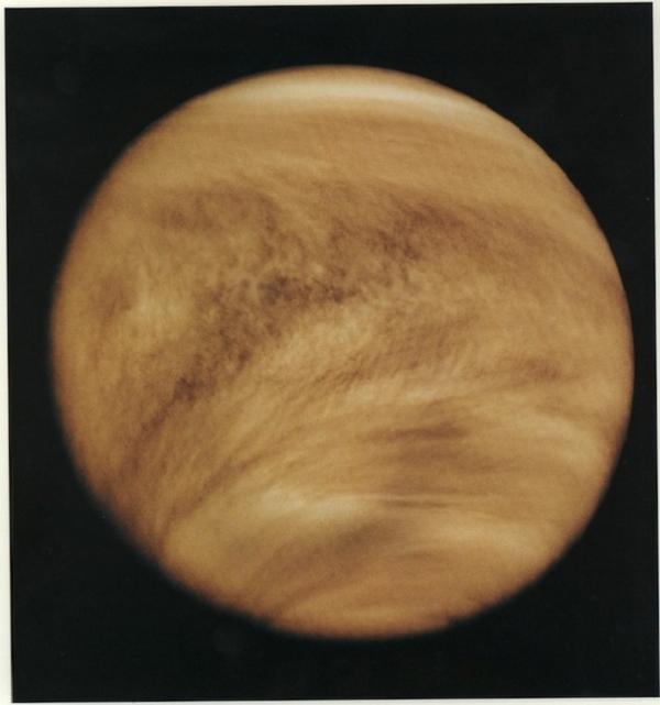 Ультрафиолетовое изображение облаков Венеры (nasa.gov)