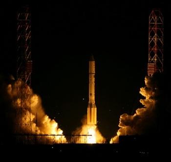 Старт «Протона-М» 20-го мая (Изображение — diapazon.kz)