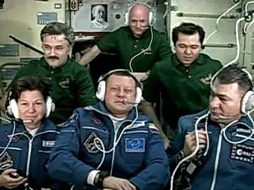 Экипаж МКС на связи (Фото — news.es.com)
