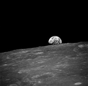 Вид Земли с орбиты Луны (wikipedia.org)