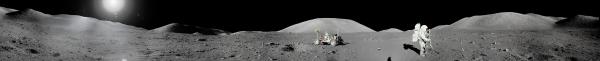 Панорама поверхности Луны, сделаная экипажем Аполлона-17 (wikipedia.org)